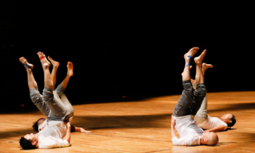 <i>Hands ᛫ Footprint ᛫ Sound </i>#danceless performance series